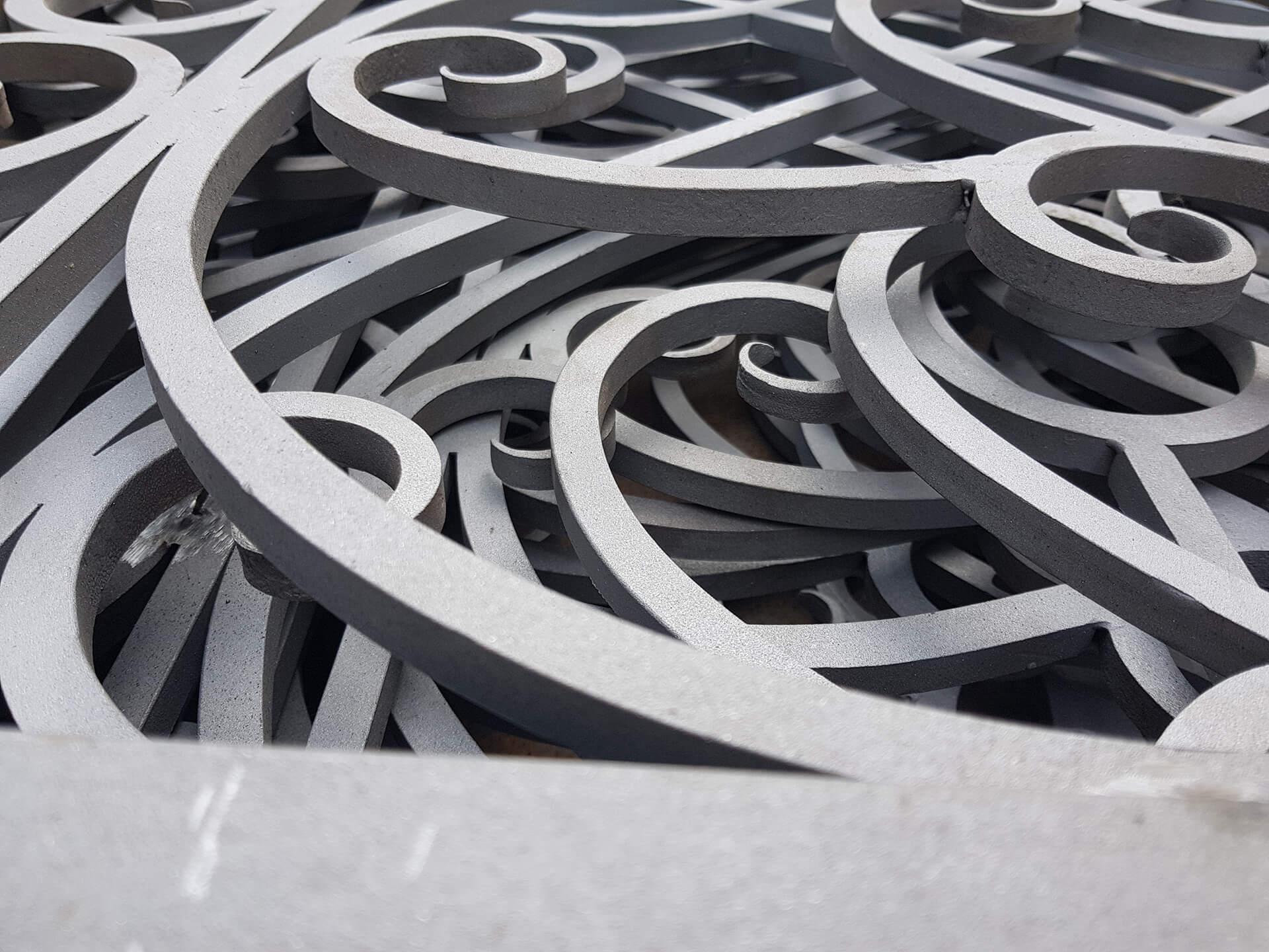 Пескоструйная очистка кованых изделий в Москве
